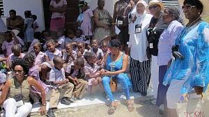 Zora Cruise w school children IMG 4330 NEW